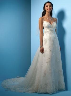 ...свадебных платьев в сочетании с лучшими традициями от классики до...