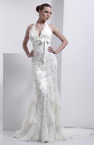 Каждый свадебный салон в своей коллекции 2009 года предлагает эксклюзивные свадебные, вечерние и выпускные платья и наряды как своих дизайнеров