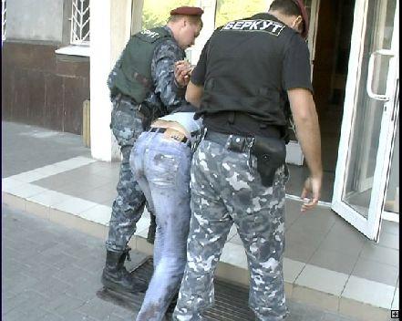 На Днепропетровском автовокзале застрелили милиционера: убийце светит пожизненное заключение (Фото)
