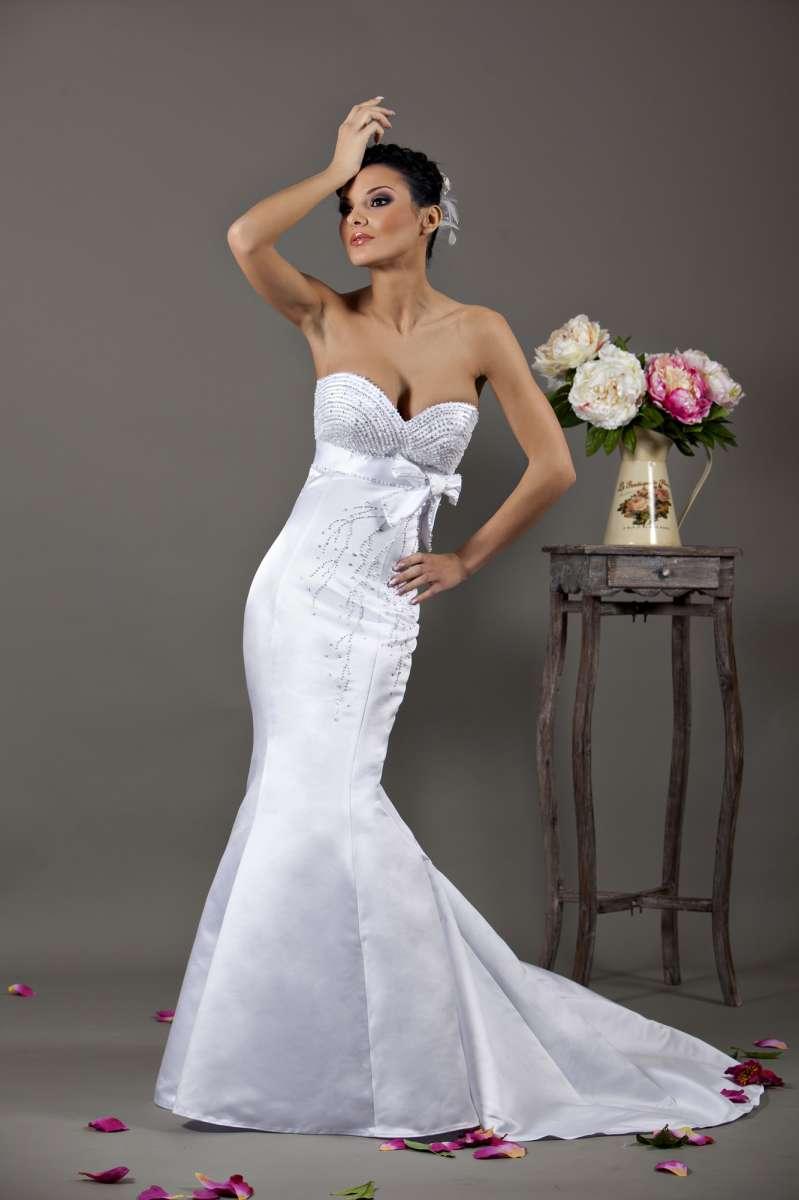 Осенние скидки до 30 % на свадебные наряды в салоне «Алые паруса