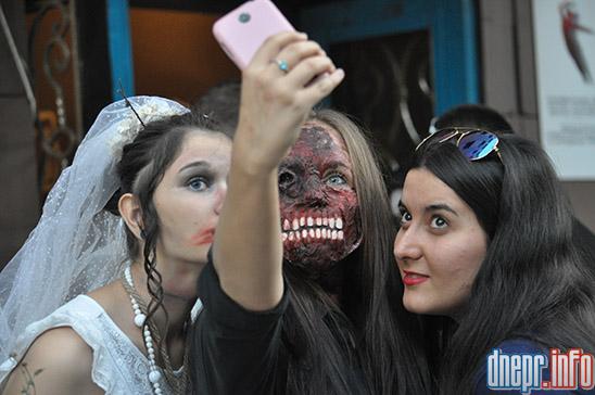 Флешмоб в Днепропетровске: как прошел зомби-парад (ФОТОРЕПОРТАЖ), фото-13
