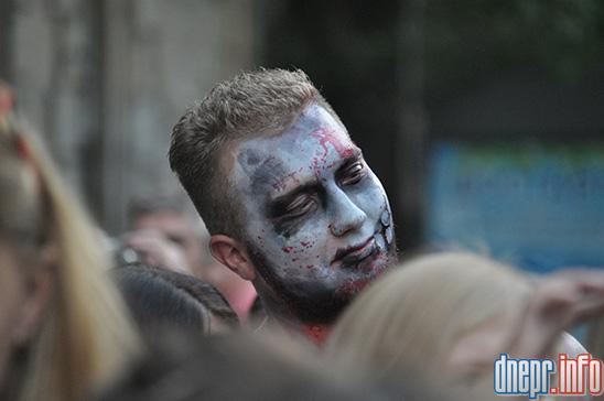 Флешмоб в Днепропетровске: как прошел зомби-парад (ФОТОРЕПОРТАЖ), фото-17