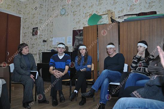 Студенты и руководство Днепропетровского театрально-художественного колледжа нашли компромисс (ВИДЕО, ФОТО), фото-8