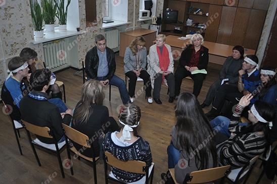 Студенты и руководство Днепропетровского театрально-художественного колледжа нашли компромисс (ВИДЕО, ФОТО), фото-19