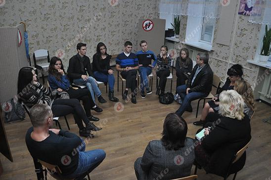 Студенты и руководство Днепропетровского театрально-художественного колледжа нашли компромисс (ВИДЕО, ФОТО), фото-31