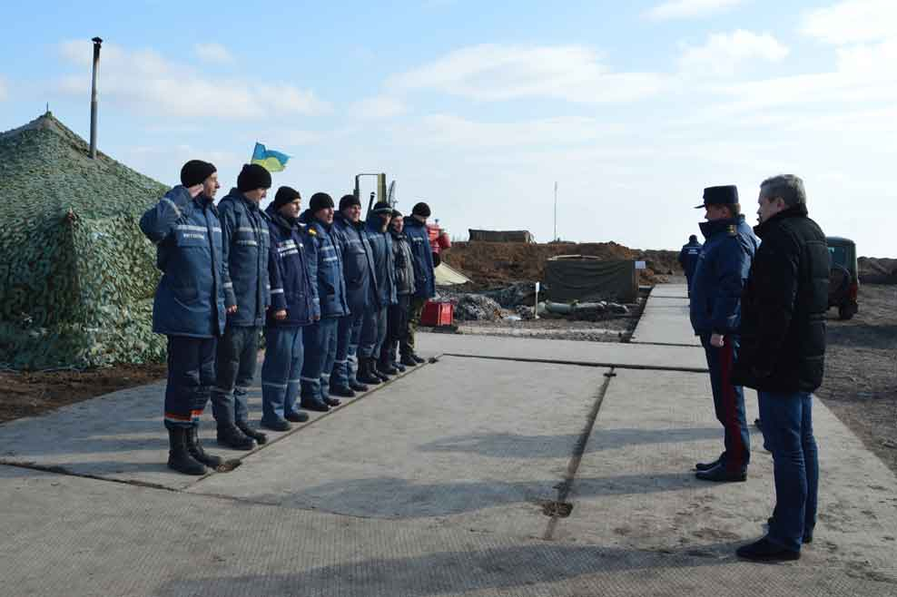 Сводный отряд днепропетровских спасателей продолжает работу в Краматорске, а вчера состоялась очередная ротация 32 человек.