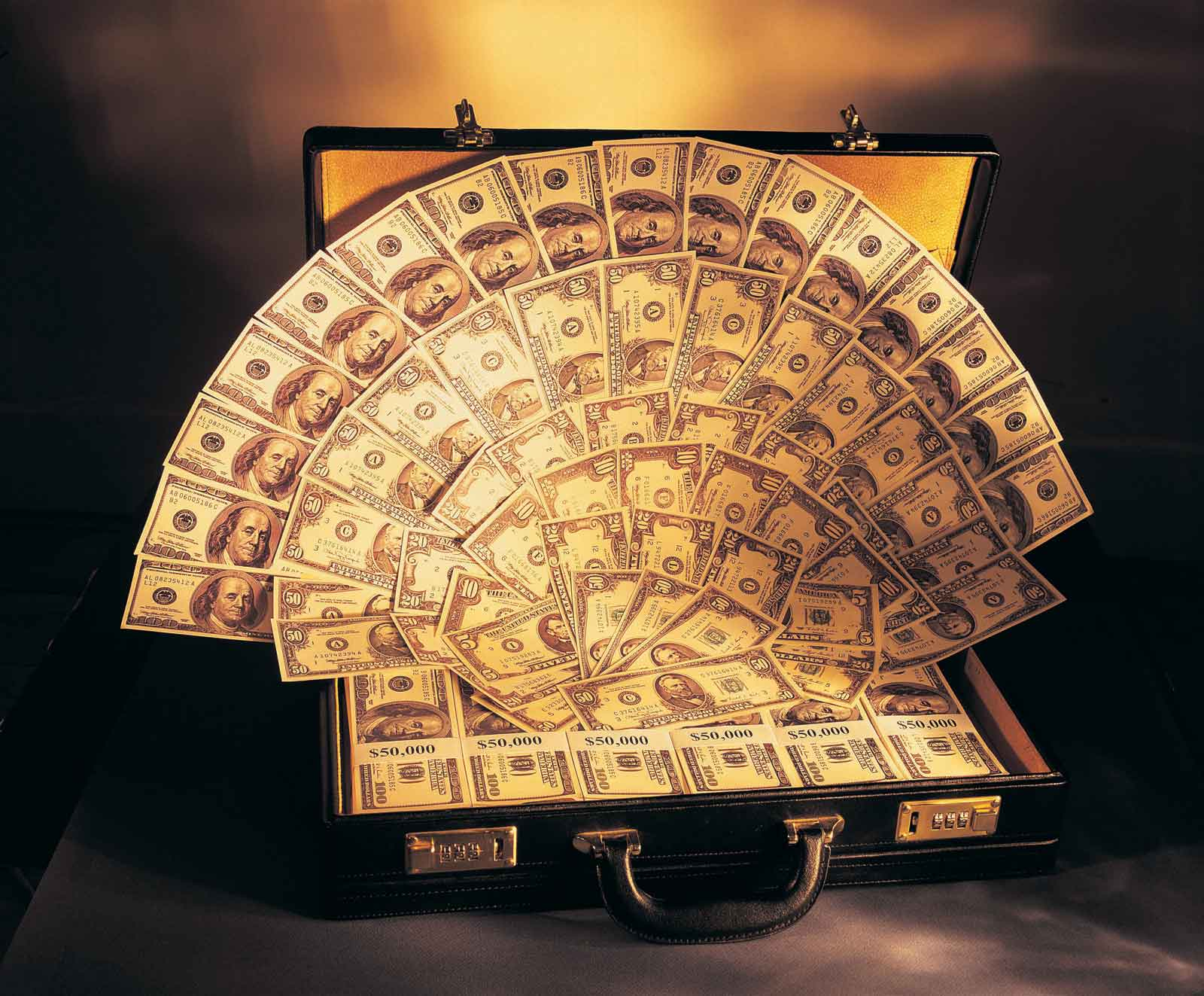 Количество миллиардеров в Украине сократилось вдвое