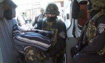 В Одессе полковник милиции обменял себя на заложников и помог обезвредить террориста со взрывчаткой
