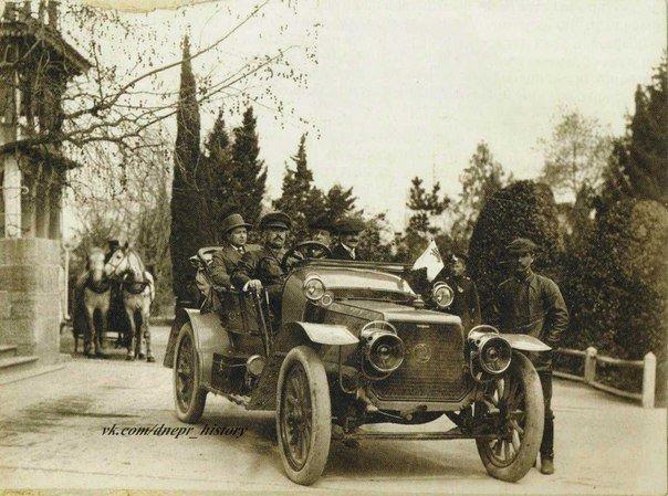 Первый автомобиль в крае для путешествий на Южный берег Крыма.