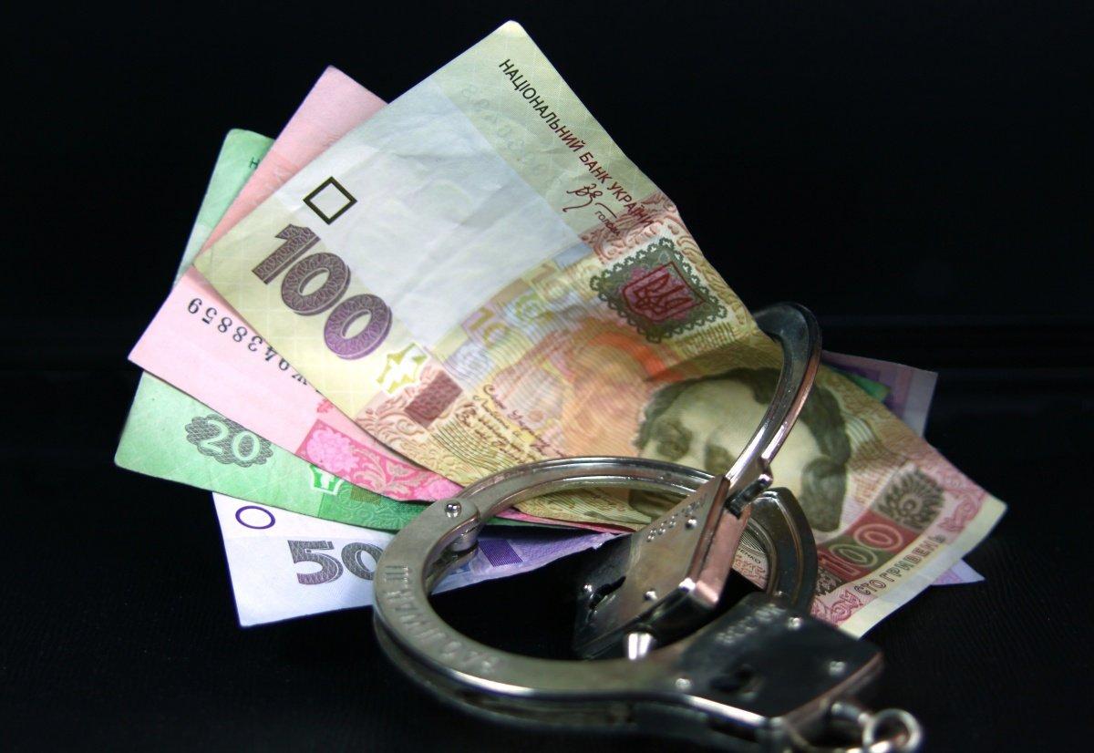 В Харьковской области таможенников словили на взятке
