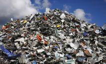 В Украине предлагают ввести налог на мусор. Украинцам придется доплачивать за тару