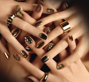 Gold-nail-art-design