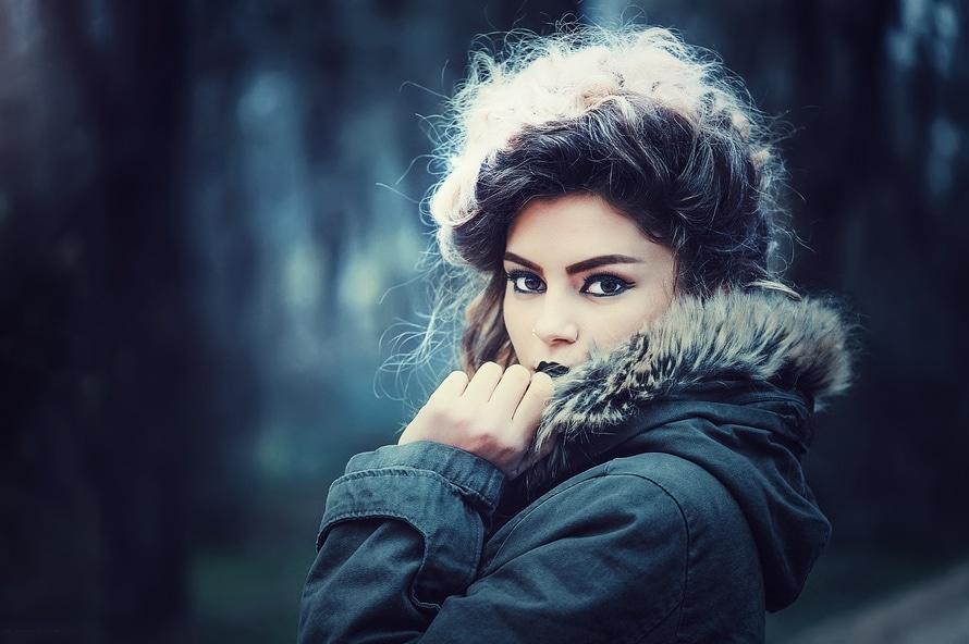 fashion-beauty-model-portrait-large
