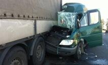 Из-за ДТП с грузовиком и маршруткой пострадали 10 людей