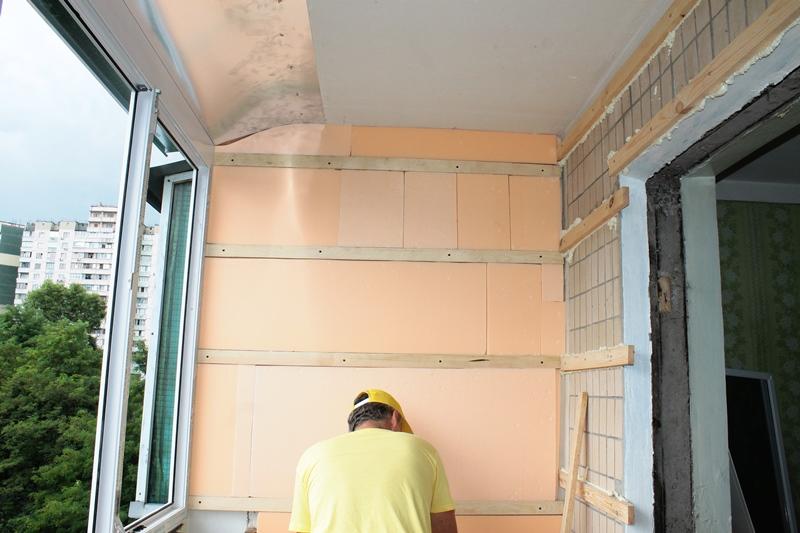 uteplenie-balkona-v-panelnom-dome-sk-komfort (2)