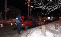 В Днепре патрульные открыли стрельбу по пытающемуся скрыться автомобилю