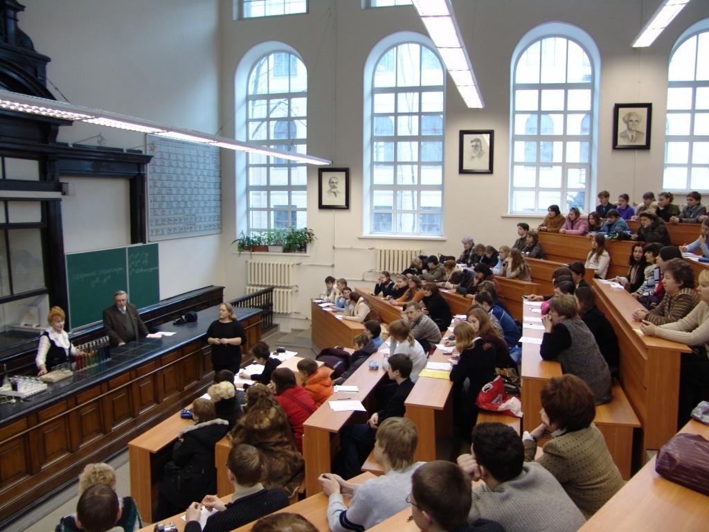 Школьникам из неподконтрольных районов Донбасса упростили процедуру получения украинских аттестатов