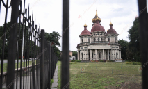 В Днепре продолжается суд, цель которого вернуть подаренный Московскому патриархату Дом органной и камерной музыки
