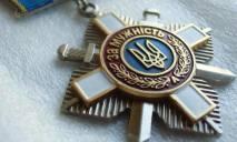Сестра погибшего в ИЛ-76 десантника хочет вернуть президенту орден брата