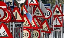 Днепряне обеспокоены опасными дорожными знаками