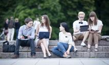 Днепровские студенты реализовывают новый онлайн-проект «Етажерка»