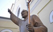 7 современных грехов, осуждаемых церковью сегодня