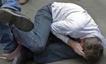 Экс-боксер избил до потери сознания своего соседа