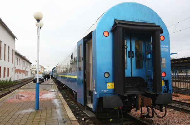 Пассажиры вагона «Вена-Киев» напротяжении 16 часов ждали восстановления движения состава