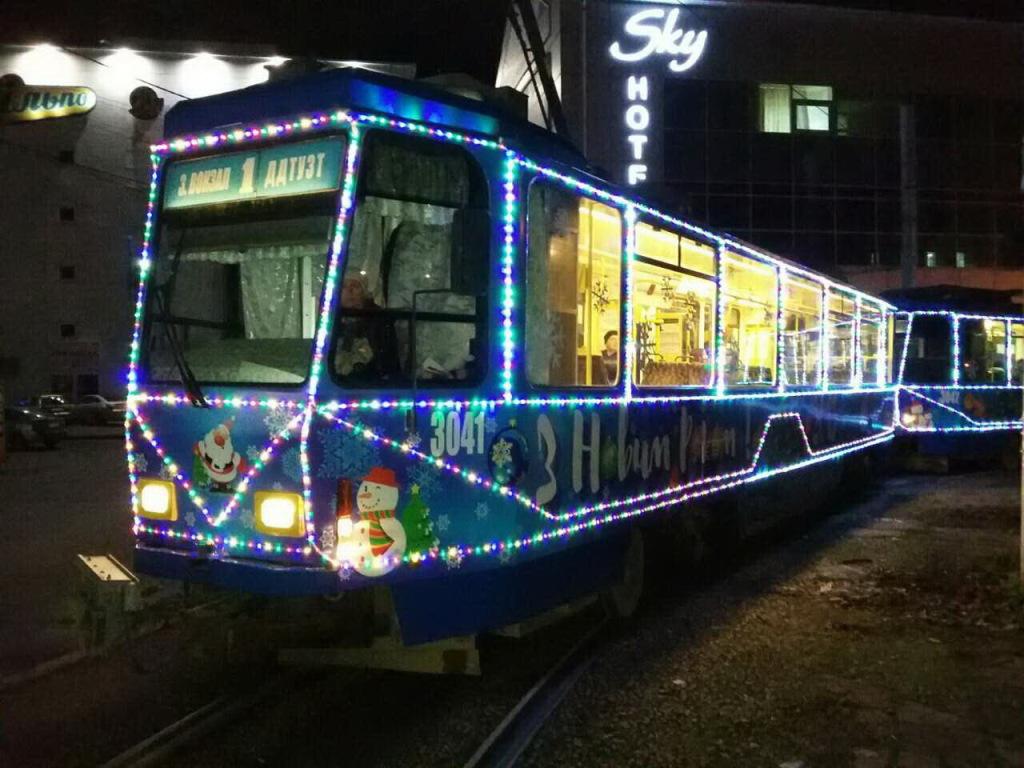 Новогодний трамвайчик 04
