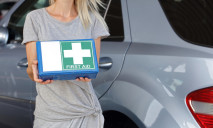 Какие автомобильные аптечки обяжут иметь водителей