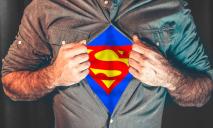 Как супермен из Днепра вызволял машины из снежного плена