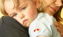 Правительство: «Быть матерью-одиночкой в Украине выгодно»