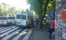 Троллейбус без тормозов снес маршрутку: новые подробности