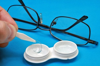Новости Днепра про Как носить контактные линзы
