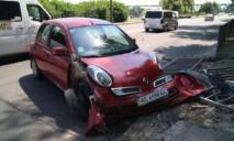 Женщина потеряла сознание за рулем: произошло ДТП