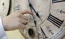 В Украине хотят отказаться от перевода часов: как отреагировали люди?