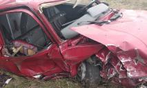 Масштабное ДТП: автомобили столкнулись лоб в лоб