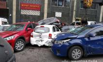 Грузовик «без тормозов»: ДТП с 20 автомобилями