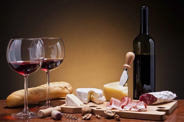 Новости Днепра про Вино и сыр: базовые принципы сочетания