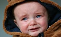 Полиция спасала маленького ребенка от пьяной матери