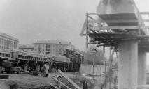 Поезд на набережной: в сети появились фото со строительства Нового моста