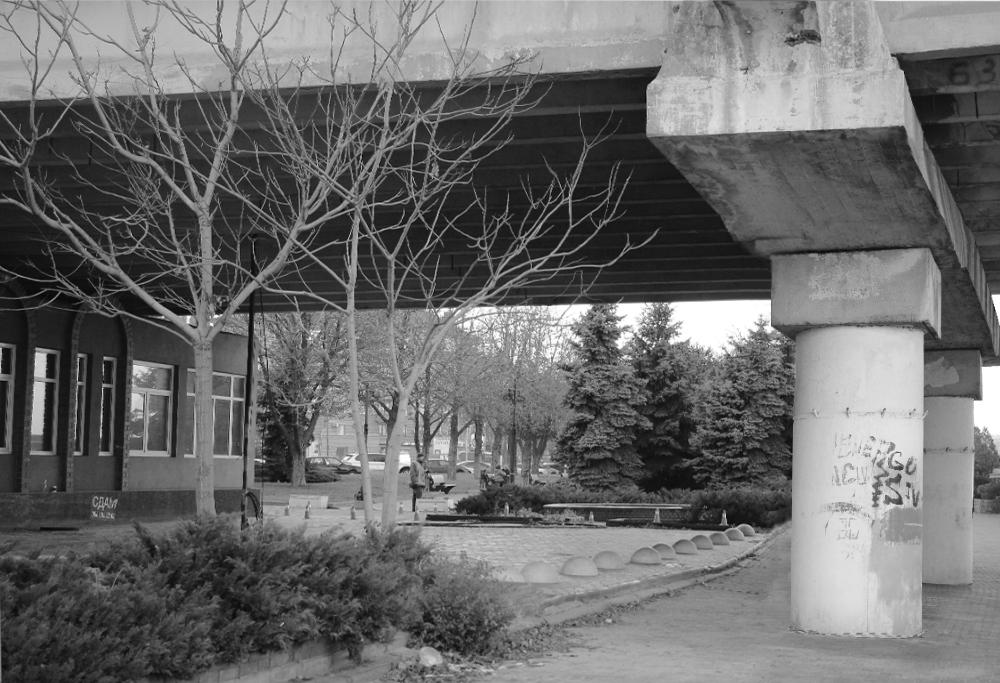 Новости Днепра про Поезд на набережной: в сети появились фото со строительства Нового моста