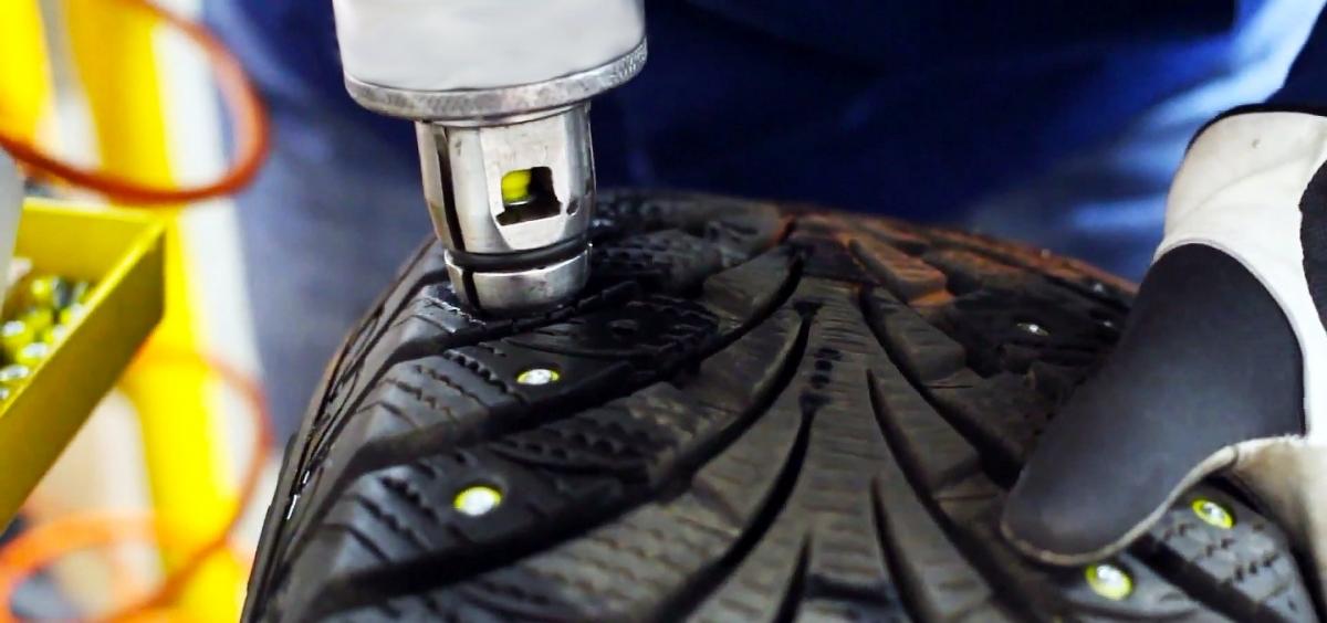 Новости Днепра про Автосервис шинного центра «Автодром»: шиповка шин и важность зимней резины
