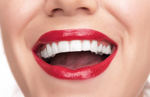 Новости Днепра про «Дентим-А» предлагает сделать «голливудскую улыбку» легко и надолго