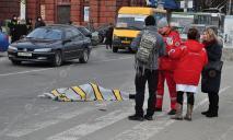 Женщину в центре Днепра переехал грузовик: новые подробности