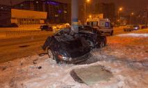 Авто разорвало на части: разыскиваются свидетели ДТП