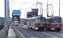 Главный трамвай Днепра приостановит движение