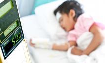 Медики Днепра чуть не «убили» ребенка своим лечением