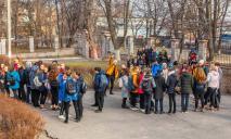 Эвакуация и отмена уроков: что происходит в школе Днепра