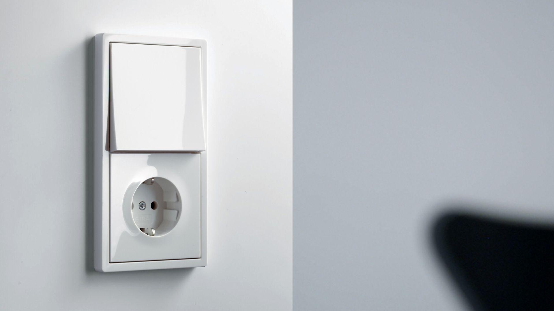 Новости Днепра про Электростандарт-центр предлагает большой выбор выключателей, розеток и другого электрического оборудования